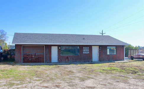 129 Clay, Brooklyn, Iowa 52211, ,Commercial,For Sale,Clay,35017182