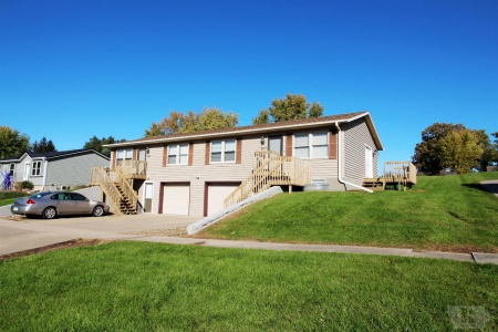 605 Marvin Ave, Grinnell, Iowa 50112, ,Multi family,For Sale,Marvin Ave,35017845