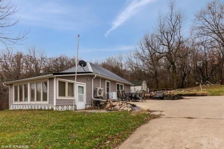 2096 Lakeshore, Brooklyn, Iowa 52211, 2 Bedrooms Bedrooms, ,Residential,For Sale,Lakeshore,35017909