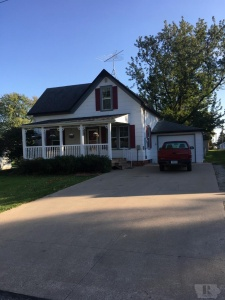 906 5th, Sully, Iowa 50251, 3 Bedrooms Bedrooms, ,1 BathroomBathrooms,Residential,For Sale,5th,35017955