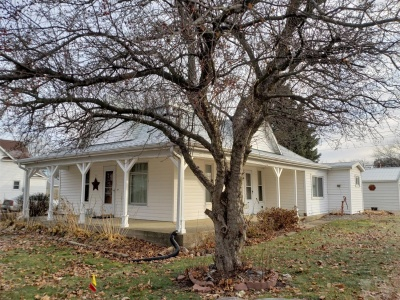 307 Main, Baxter, Iowa 50028, 3 Bedrooms Bedrooms, ,Residential,For Sale,Main,35017954