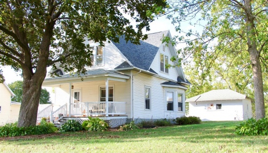 214 Des Moines, Brooklyn, Iowa 52211, 3 Bedrooms Bedrooms, ,1 BathroomBathrooms,Residential,For Sale,Des Moines,35017966