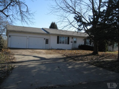405 Elm, Toledo, Iowa 52342, 2 Bedrooms Bedrooms, ,1 BathroomBathrooms,Residential,For Sale,Elm,35017965