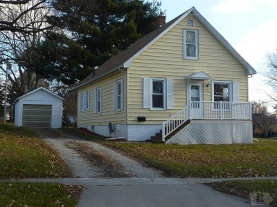 1513 3rd, Belle Plaine, Iowa 52208, 2 Bedrooms Bedrooms, ,1 BathroomBathrooms,Residential,For Sale,3rd,35017989