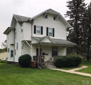 822 Park, Grinnell, Iowa 50112, ,Multi family,For Sale,Park,35017996
