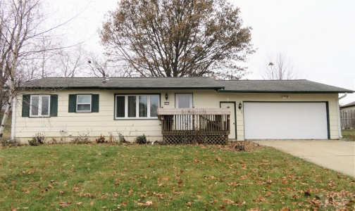 611 Garland, Marshalltown, Iowa 50158, 4 Bedrooms Bedrooms, ,1 BathroomBathrooms,Residential,For Sale,Garland,35017938
