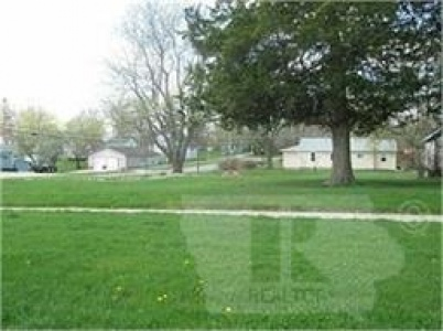 701 Reed, Grinnell, Iowa 50112, ,Land,For Sale,Reed,35018075